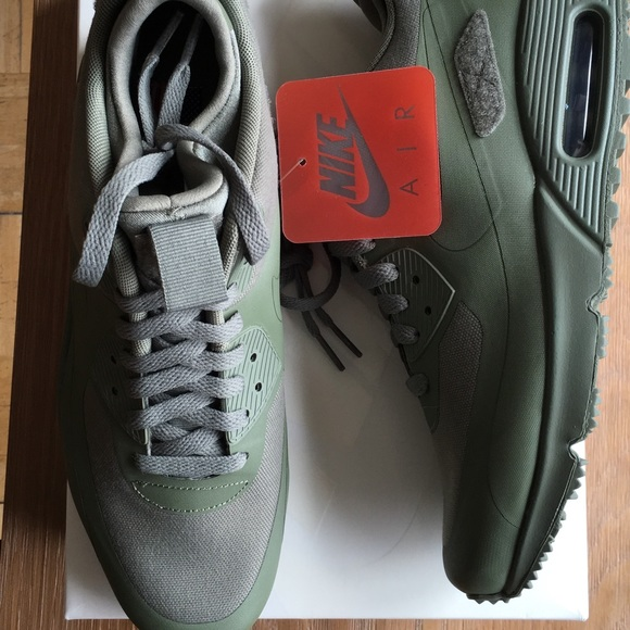 NIKE AIR MAX SNEAKERBOOT SP PATCH NWT